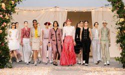 Stil și rafinament. Casa Chanel și-a prezentat colecția de primăvară-vară online (VIDEO)
