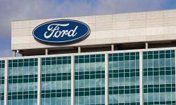 Ford suspendă producția la două uzine. Care este motivul