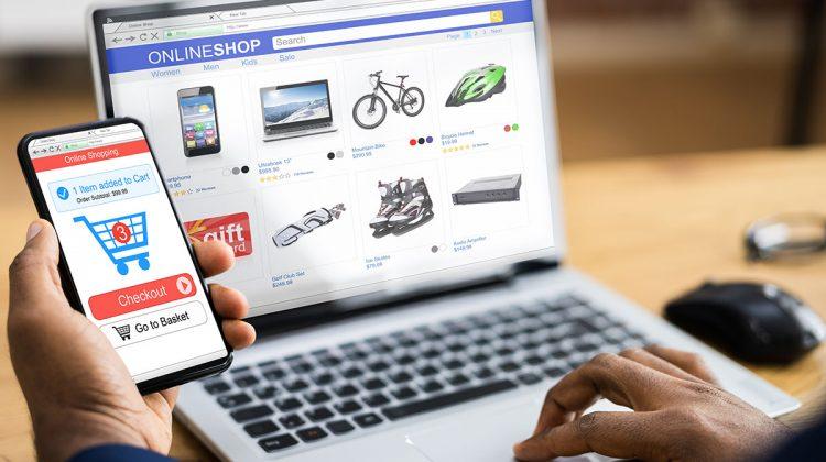 AmCham solicită clarificări privind stabilirea taxei locale în comerțul electronic. Se aplică dubla impozitare