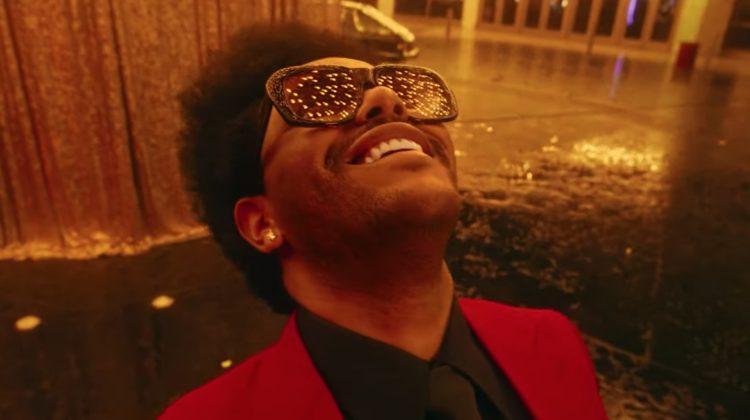 (VIDEO) Piesa care s-a menținut un an întreg pe primele poziții ale topului Billboard