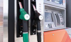 Se revine la plafonarea prețurilor la combustibil. O nouă metodă, aprobată de Legislativ în prima lectură