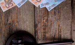 (VIDEO) Diacov, Novac, Mustață și alții riscă să rămână fără avere. Dosarele se află în judecată