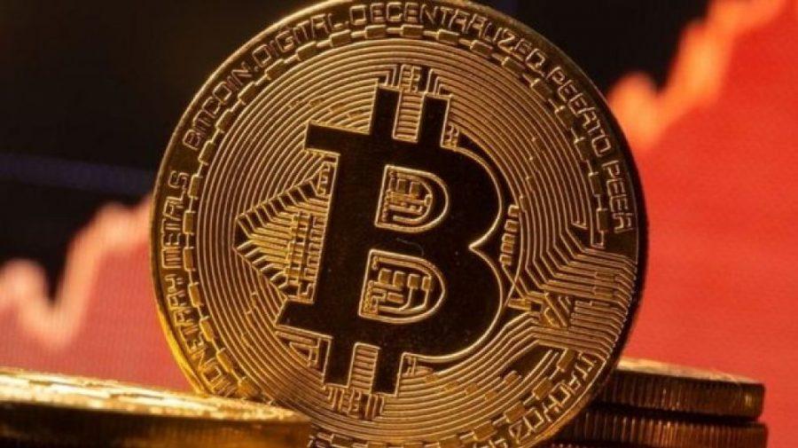 Bitcoin continuă să atingă noi cote maxime, după susținerea oferită de Tesla