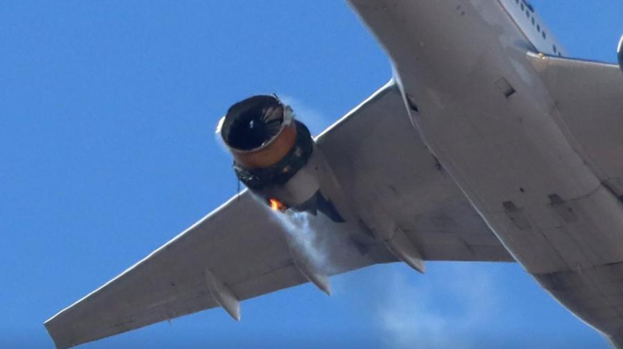 Boeing cere suspendarea zborurilor avioanelor 777 cu un anumit tip de motor