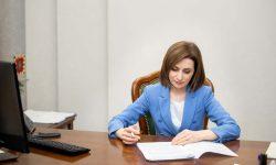 Decret semnat de Sandu privind inițierea negocierilor pentru a primi finanțare adițională în lupta cu COVID