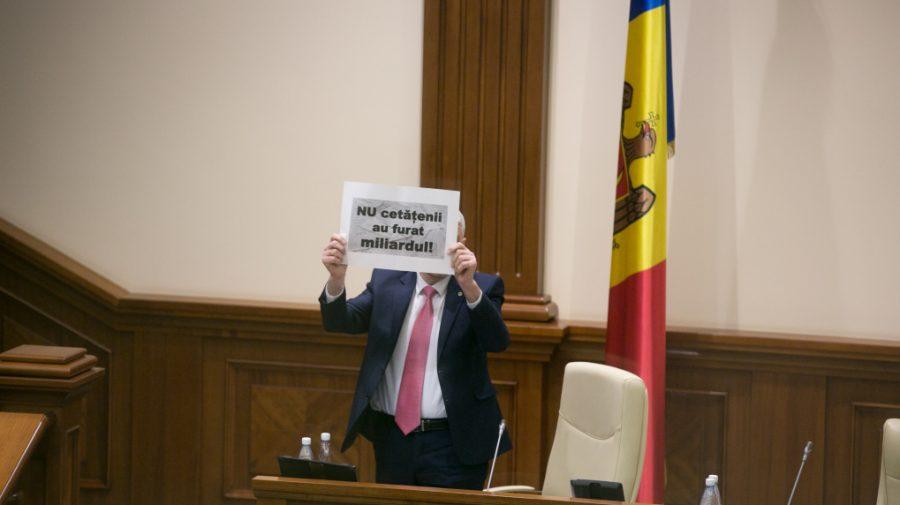 """(VIDEO) PSRM nu se dă bătut. Va cere Parlamentului din nou să anuleze """"legea miliardului"""""""