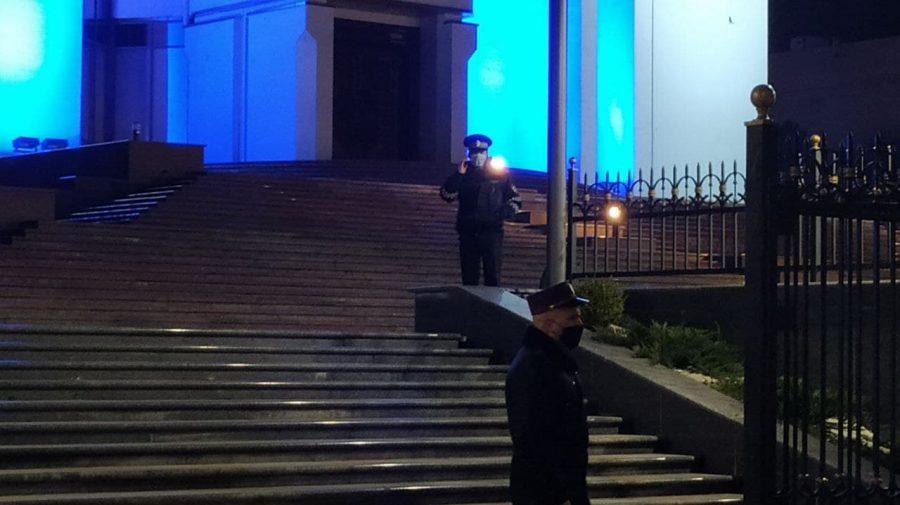 """Glume la beție! Bărbatul care a anunțat că """"va arunca în aer"""" președinția, găsit de poliție"""