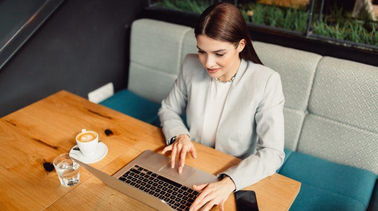 Cum să începi o afacere de acasă? Cu ce recomadări vin specialiștii