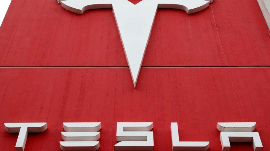 Elon Musk: Tesla va fi închisă, dacă se va depista că automobilul este folosit în spionaj