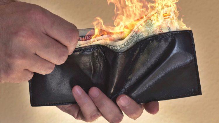 Bloomberg: Băncile centrale se vor confrunta cu o lună de foc din cauza crizei provocate de Covid-19