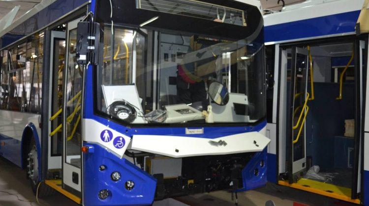 (FOTO) +10 troilebuze noi cu autonomie. Unitățile de transport se află în proces de asamblare