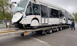 (FOTO) Primul troleibuz articulat din Italia a pornit la drum spre Chișinău. În curând va porni și al doilea