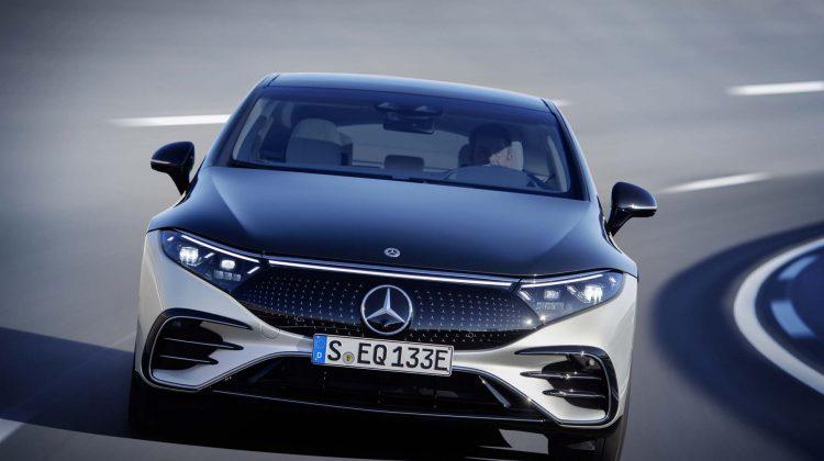 S-Class pe baterii: a fost prezentat noul Mercedes-Benz EQS electric. Vezi FOTO cum arată la exterior