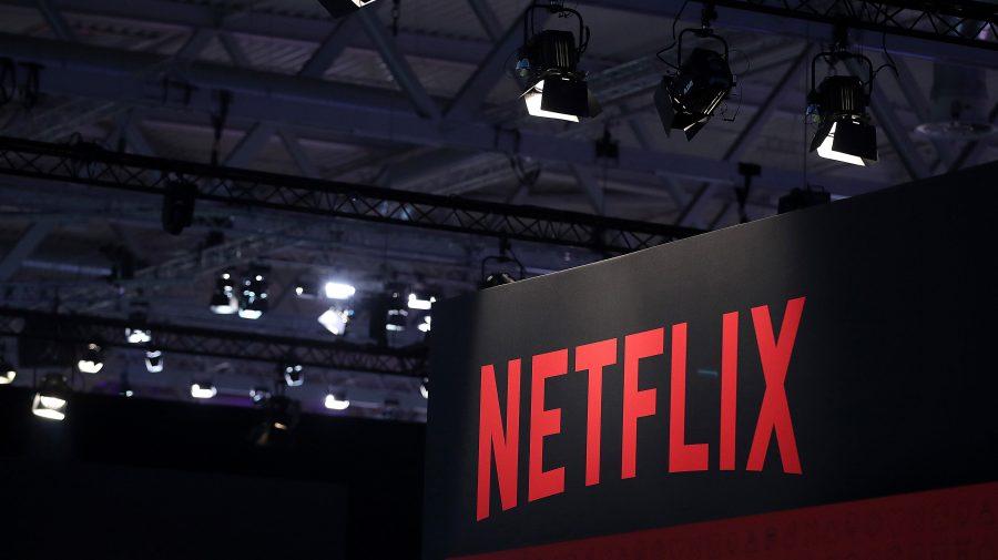 Ce propune Netflix pentru 2021? Vor fi lansate sau produse aproape 30 de producții franțuzești