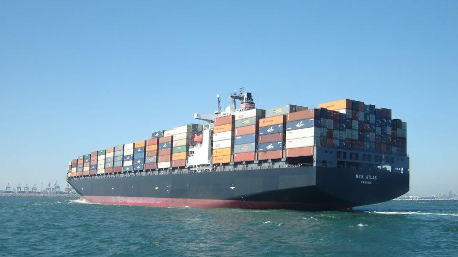 Milioane de dolari pe fundul oceanului. De ce containerele cad într-un ritm alarmant de pe vasele uriașe