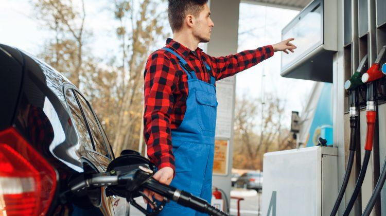 Continuă creșterea: Prețul maxim la benzină și motorină pentru data de 07.09.2021
