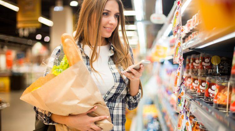 """""""Șmecherii"""": Cum să nu cumperi nimic """"în plus"""" de la supermarket"""