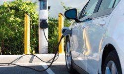 Disponibilitatea stațiilor de încărcare a automobilelor electrice variază considerabil de la țară la țară