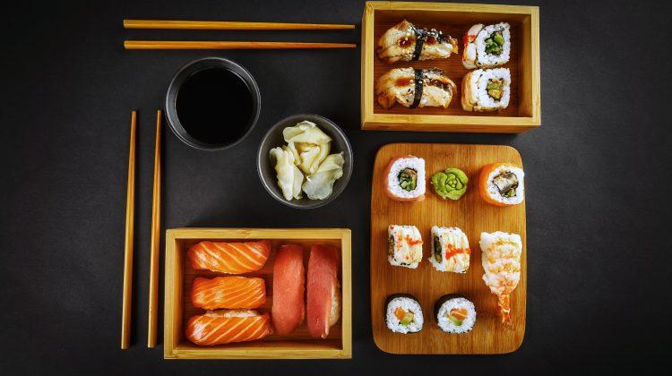 Ai poftă de sushi? Iată de unde poți comanda