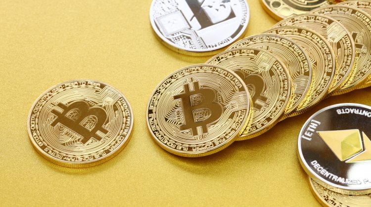 Piața criptomonedelor își revine după scăderile din ultima săptămână. Bitcoin crește cu 8%