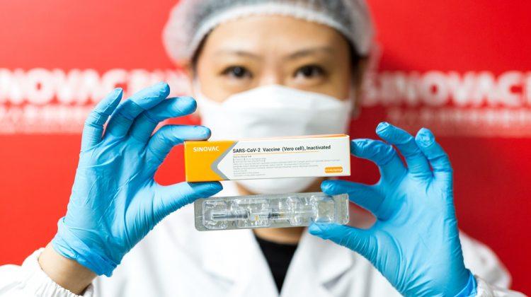 Cât a plătit Moldova pentru o doză de vaccin CoronaVac din China? Comparație cu Pfizer și AstraZeneca