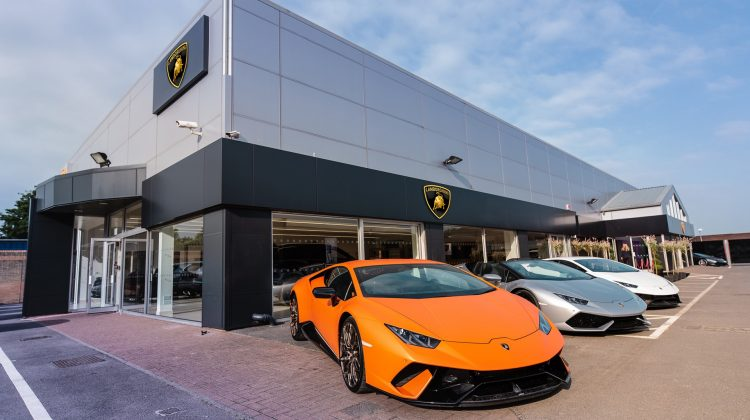 Volkswagen vine cu reacție: Lamborghini nu este de vânzare