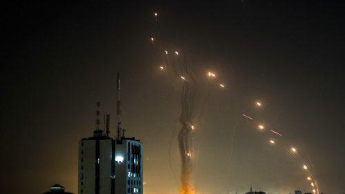 FOTO: Așa a funcționat scutul Iron Dome în momentul în care Hamas lansează o ploaie de rachete asupra Israelului