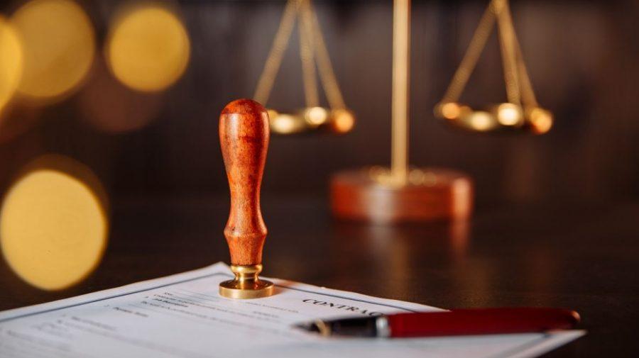Normele privind impozitarea notarilor – constituționale. Decizia Curții Constituționale