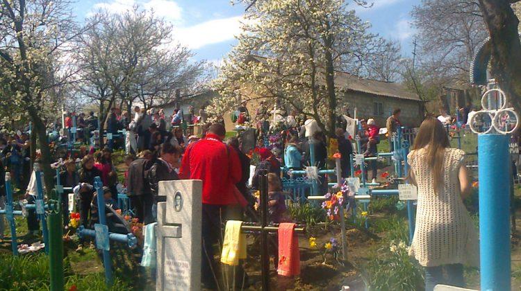 Accesul în cimitirile din Capitală de Paștele Blajinilor – permis! Anunțul făcut de primar