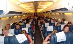 Ce greșeli fac pasagerii în timpul zborului? Dezvăluirile unei stewardese