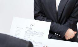 Cum trebuie să arate CV-ul unui canditat la un job în IT. Beneficiile oferite de angajatori