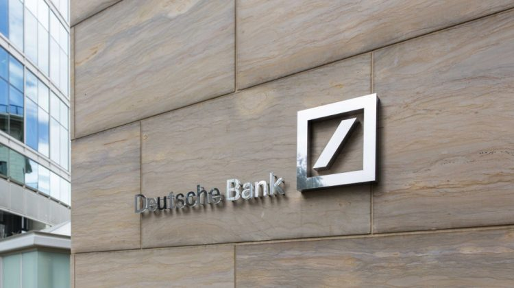 """Ce se va întâmpla în continuare cu Bitcoin? Deutsche Bank spune că bitcoinul a trecut de la """"trendy la tracky"""""""