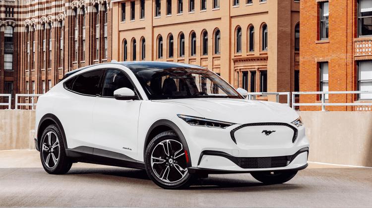 Cheia digitală a noului Mustang Mach-E – cea mai bună caracteristică de mașină nouă din ultimii ani. Cum funcționează