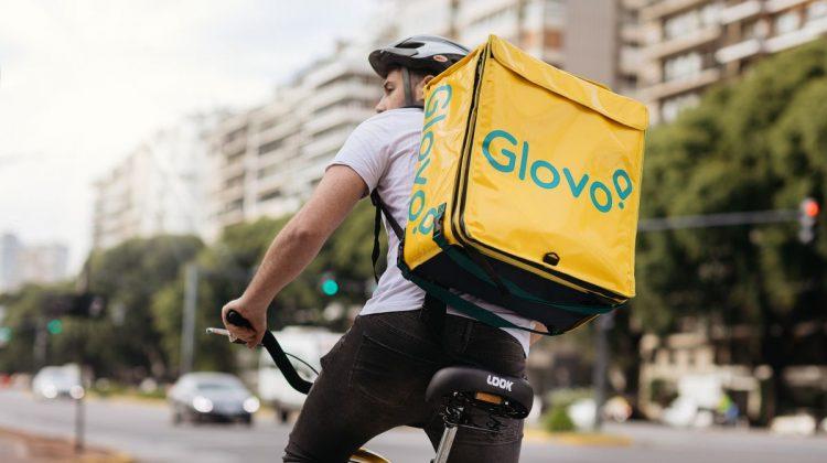 Glovo își cumpără concurența. Platformele vor continua să funcționeze independent