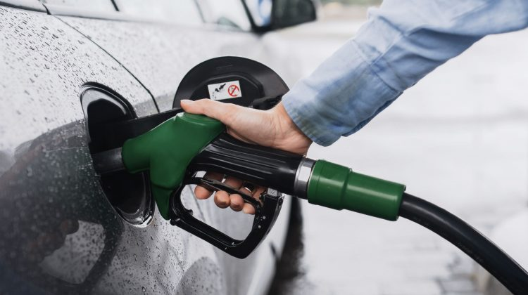 Expert-Grup: Propunerile experților la stabilirea prețului la carburanți pentru a nu admite majorări excesive