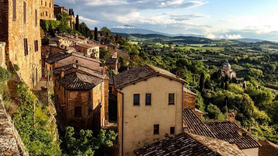 (FOTO) Vrei o locuință la un preț minim? Lista orașelor care vând case la doar 1 euro