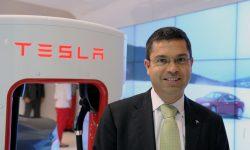 """Tesla a pierdut un executiv de top. A fost unul dintre principalii """"locotenenţi"""" ai lui Elon Musk"""