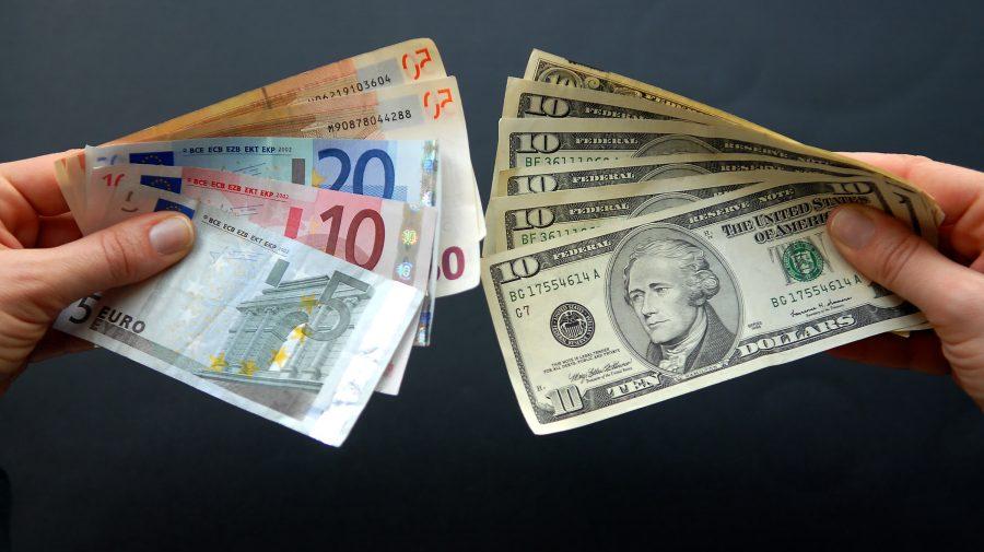 ar putea bifa înlocui dolarul)