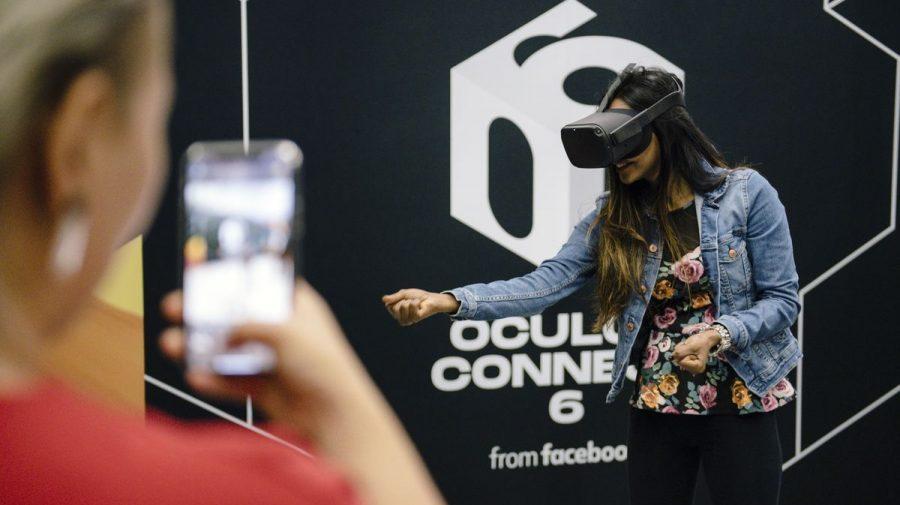 Facebook va începe testarea reclamelor în jocurile Oculus VR. Prima va apărea în Blaston