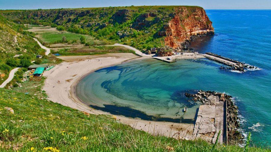Vrei să mergi la mare în Bulgaria? Iată cele mai izolate și mai puțin aglomerate plaje