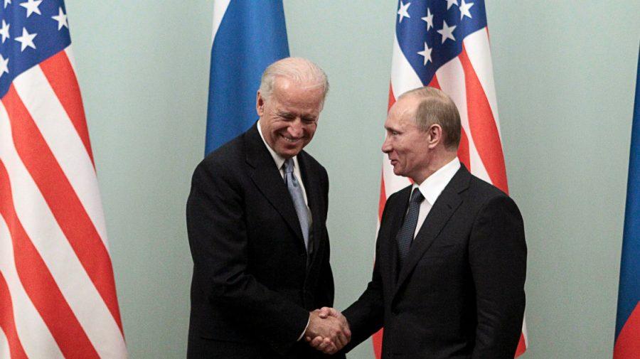 """Biden: """"Nu căutăm un conflict, căutăm soluții"""". Aceasta refuză să iasă cu Putin într-o conferință de presă comună"""