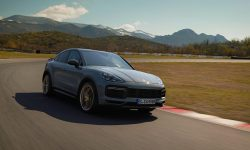 """FOTO: 640 cp și 3,3 secunde până la """"sută"""": A fost prezentat cel mai rapid Porsche Cayenne Turbo GT"""