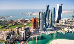 Abu Dhabi va interzice accesul persoanelor nevaccinate aproape în toate locurile publice, inclusiv în școli