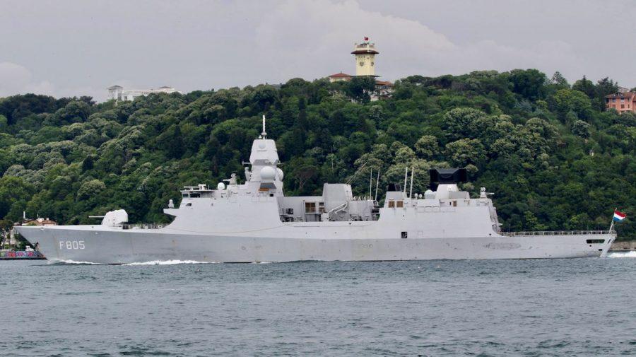 Incident în Marea Neagră: Avioane de luptă rusești au hărțuit o fregată olandeză