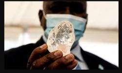 """A fost descoperit al treilea cel mai mare diamant din lume! """"Aduce speranță unei națiuni greu încercate"""""""