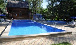(FOTO) Sezonul piscinelor declarat deschis! Informații despre locații, prețuri și facilități