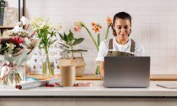 10 Idei de afaceri pentru adolescenți și copii. Începe să câștigi primii bani
