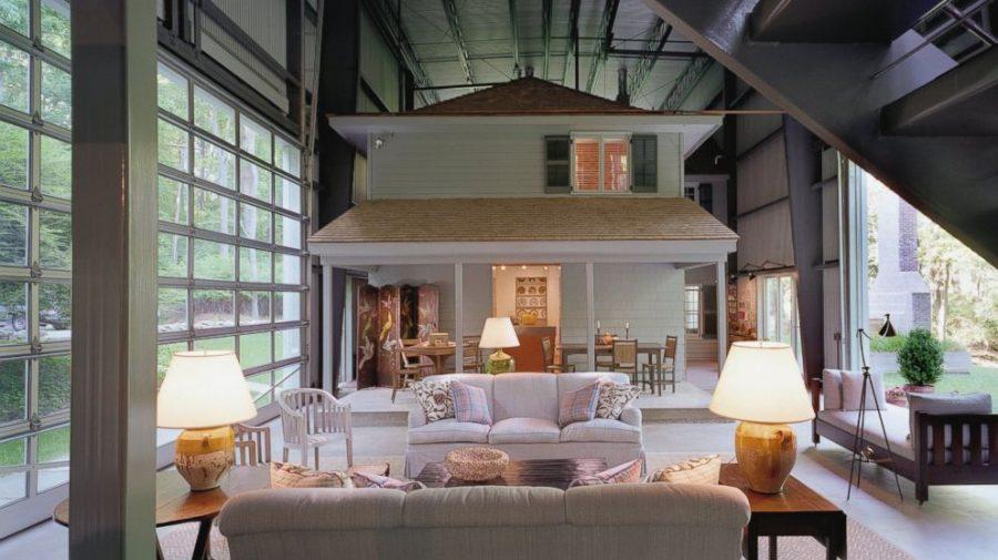 Inspirați de un arhitect suedez, au construit o seră în jurul casei. Acum economisesc bani buni la căldură (FOTO)