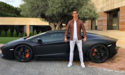 (VIDEO) Ronaldo a fost pozat la volanul unui bolid de 2,5 milioane de dolari, dar si-a luat unul de 6 ori mai scump