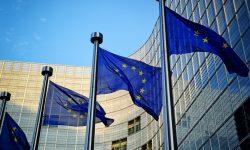 Comisia Europeană va emite obligaţiuni pe termen lung în valoare de aproximativ 80 de miliarde EUR